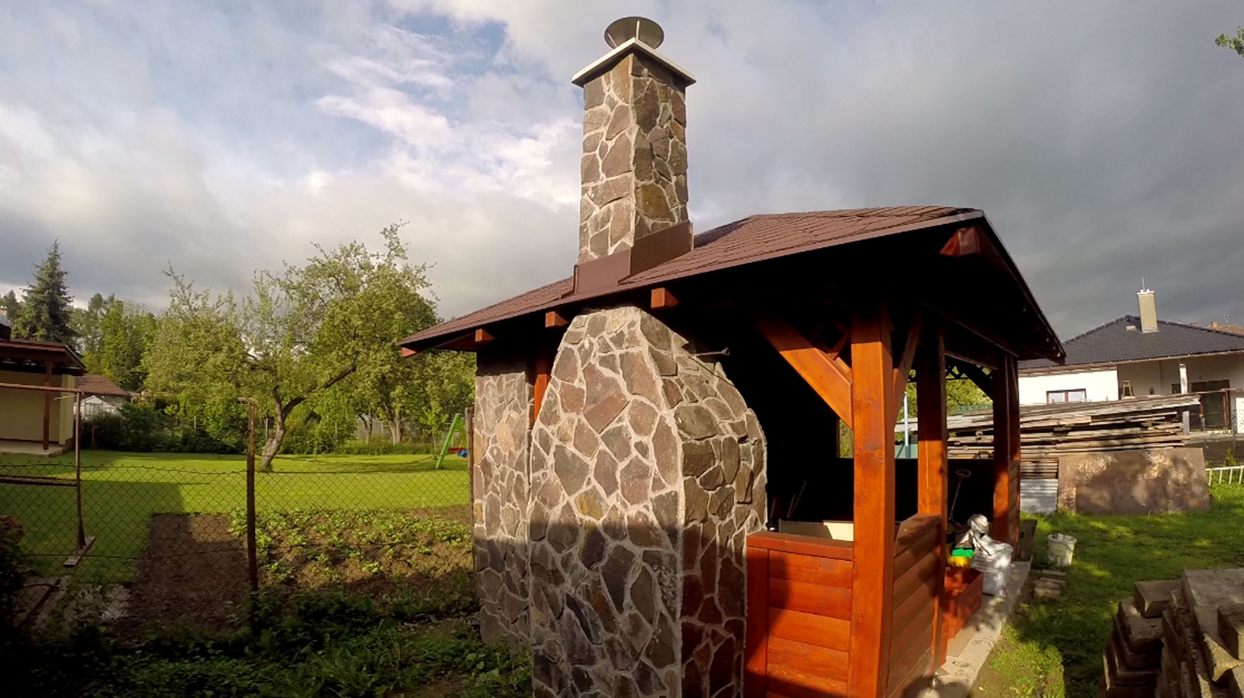 Téma - Krb do altánku - stavba murovaného krbu s kam. obkladom • www ...